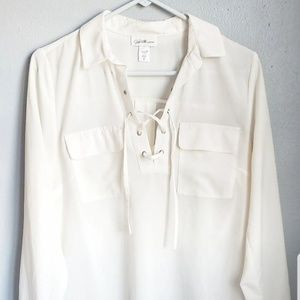 Jaclyn Smith cream sheer blouse